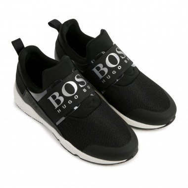 Low-top mesh trainers  for