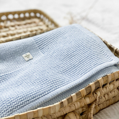 Knitted blanket CARREMENT BEAU for BOY