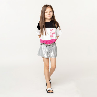 T-shirt a righe tricolore DKNY Per BAMBINA